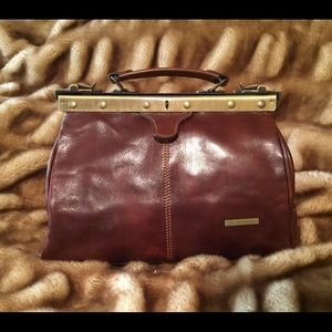 TUSCANY Bags - VINTAGE TUSCANY MICHELANGELO DOCTORS LEATHER BAG 82d795abac952